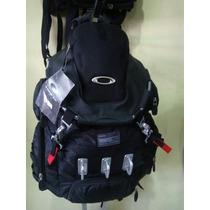 Mochila Oakley Tactical