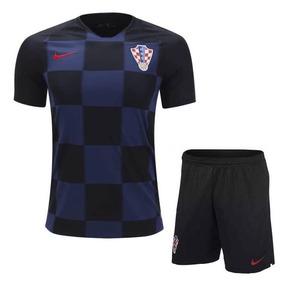 Basqueteira Nike Infantil - Camisetas Manga Curta no Mercado Livre ... 6c97e48c62684