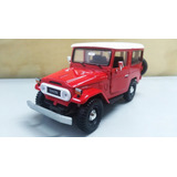Campero Toyota Fj40 Color Rojo 18cms De Largo Escala 1/24.