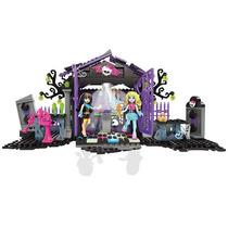 Mh Fiesta En El Jardin Del Cementerio 371 Piezas Mattel Cnf8
