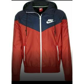Campera Nike Rompevientos