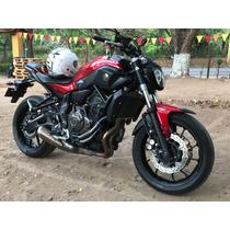 Vendo Moto Yamaha Mt07
