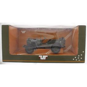 Miniatura Jeep Willys Militar Ut Models 1/18