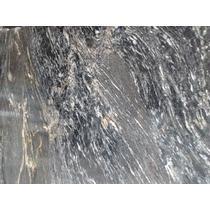 Granito Negro Boreal Dorado