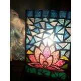 Hermoso Velador Flor De Loto En Mosaiquismo Vitral