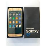 Smartphone Galaxy S7 Dourado