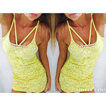 Vestido Corto Encaje Amarillo Tiritas Collar Cadena Dorado