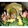 Antiguo Establo Madera Y Figuras Pesebre Navidad Arbolito
