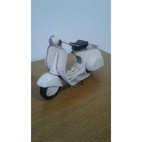 Miniatura Artesanal Vespa 1971 Lambretta Motocicleta Antiga