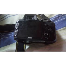 Vende -se Câmera Nikon D3200 R$900,00
