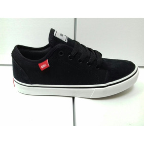 Zapatillas Skate Negro Ó Gris Tipo Chukka Low.-