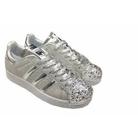 superstar adidas grises de colores