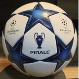 Linda Bola Uefa Champions League
