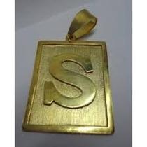 Pingente Placa Com Letra Em Ouro 18k Com Garantia