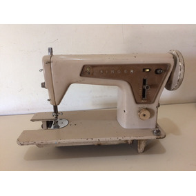 Máquina De Costura Antiga Singer 660c - No Estado