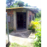 Se Vende Casa En Charallave En Pleno Centro