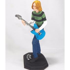 Rock Nirvana Kurt Cobain Personagem Em Resina 20 Cm