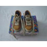 Limpia De Closet Zapatos P/niño Color Mostaza