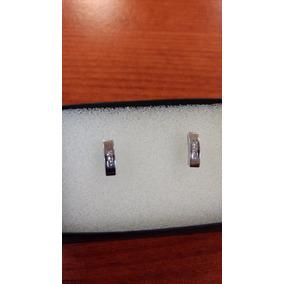 Broqueles De Oro Blanco De 14k Con 6 Diamantes
