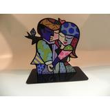 Pedestal Romero Britto Casal, Love,