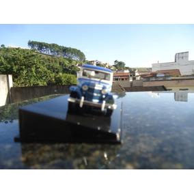 Miniatura De Veiculo Jeep Willys Station Wagon Escala 1;43