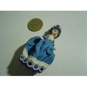 Mini Muñeca Muñequita En Porcelana Y Vestido Bordado