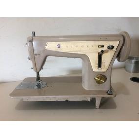 Máquina De Costura Singer 660c - Antiga