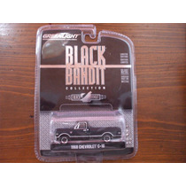 Greenlight Black Bandits 1968 Chevrolet C-10