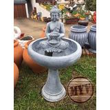 Fuente Agua Con Buda Tibetano En Hormigón