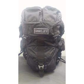 mochila oakley em bh