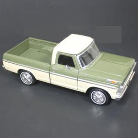 Motor Max 1:24 - 1969 Ford F-100 Pickup - Verde Con Crema