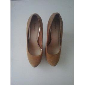 Zapatos Camel Altos / Tacon / Plataforma Bershka