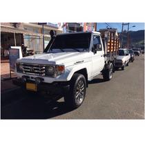 Toyota Land Cruiser De Estacas