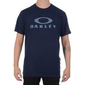 Camiseta Oakley - Calçados, Roupas e Bolsas Azul marinho no Mercado ... c9fadd6206