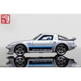 Hot Wheels Mazda Rx-7 T-hunt 2013