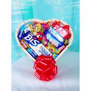 Cesta De Chocolate Luxo Bombons Diversas Marcas Com Coração