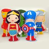 50 Almofadas Personalizadas Heróis 30 Cm + Etiqueta Cetim