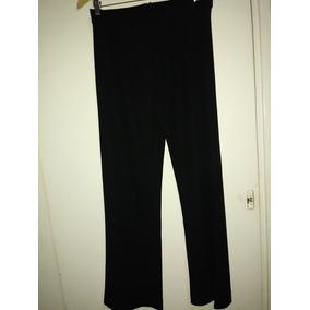 Pantalon Negro Con Botamanga Ancha Y Cierre Atras