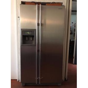 Remato Refrigerador/congelador Samsung 28