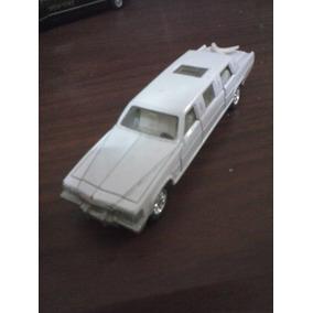 Limosina Cadillac Majorette Imitación 1/60 Hecho En China