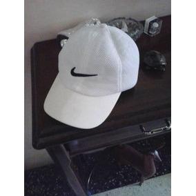 Vendo Gorra Nike Color Vino - Gorras en Aragua en Mercado Libre ... 0e5ee66e7aa