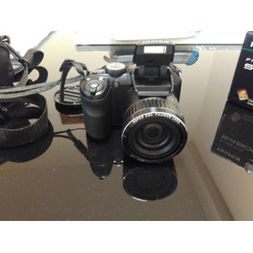Camêra Digital Fujifilm Finepix S4800
