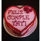 Torta Corazon Con Decoracion Flores Cubierta En Pasta