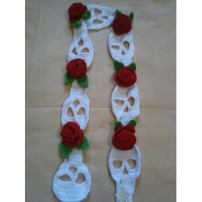 Bufandan De Calaveritas Tejido Con Rosas Rojas