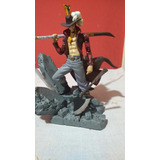 Mihawk Ojo De Halcon Figura One Piece Usado Sin Caja