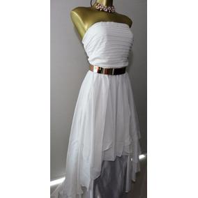 Vestido Blanco De Fiesta Largo Con Cinturón Metal Dorado.