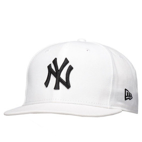 Boné New Era New York Yankees Mlb 9fity Strapback - Bonés no Mercado ... 4b2e94b877b