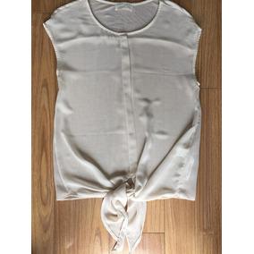 Blusa Zara.