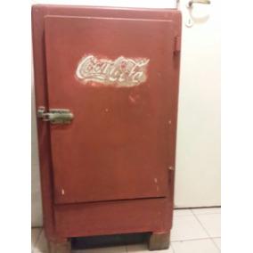 Heladera A Hielo Antigua Con Cartel Coca Cola