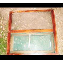 Aberturas De Madera De Demolición Con Vidrios Colocados